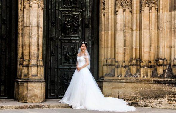 花嫁と古城